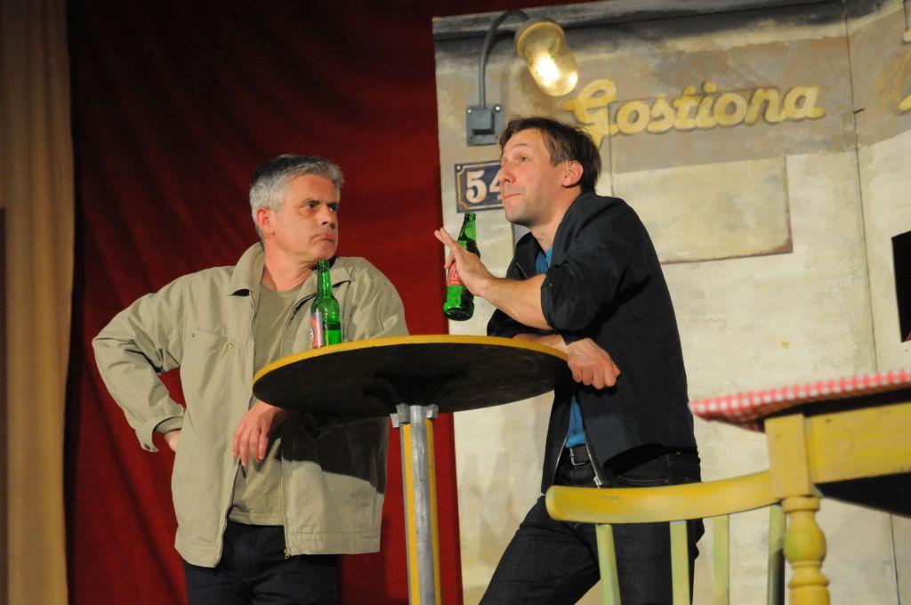 """Komedija Teatra Gavran """"Pivo"""" za Dan općine Viškovo – 15.4.2015."""